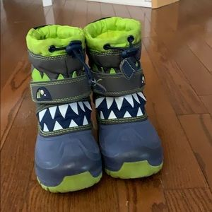 Cat and Jack snow boots size 10